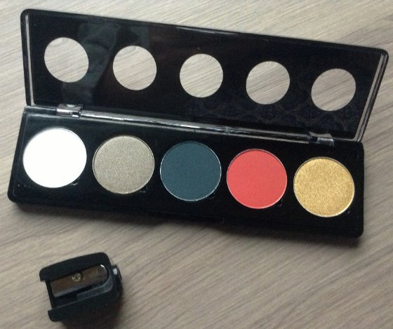 StarBox Makeup Subscription Box Review - November 2013