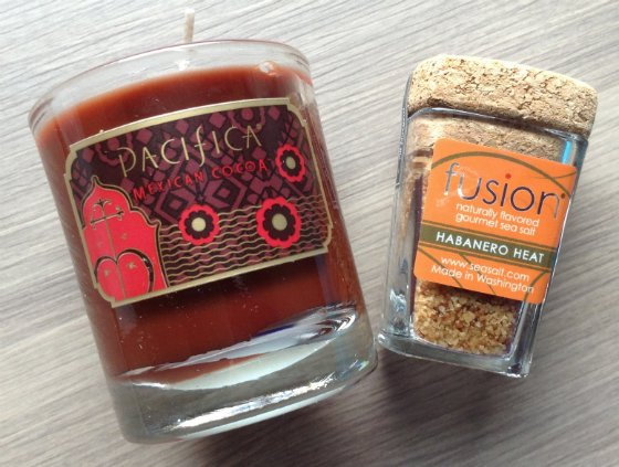 Escape Monthly Review & Coupon Code - April 2014 Candle