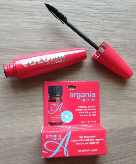 Her Fashion Box Subscription Review - March 2014 Mascara