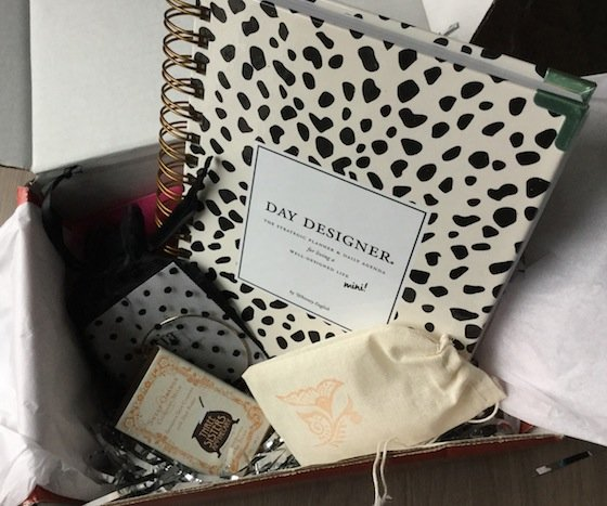 Little Lace Box Subscription Review – December 2014 Items