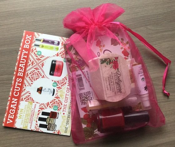 Vegan Cuts Beauty Box Subscription Review - December 2014 Bag