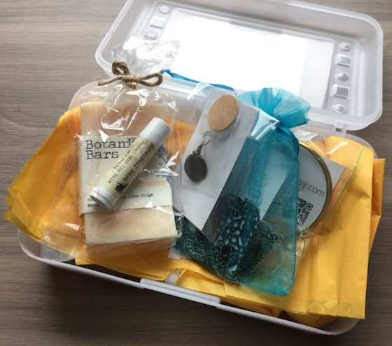 Box of Happies Subscription Box Review – December 2014 Items