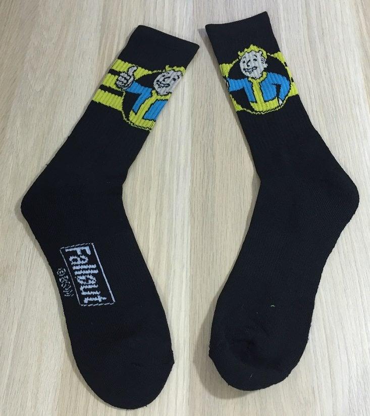 gamer-girl-mar-socks