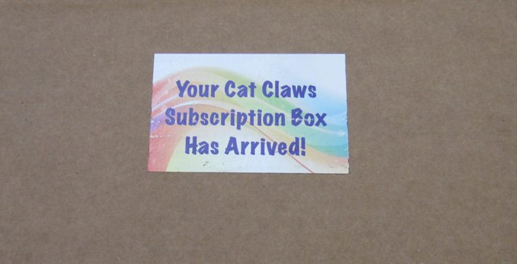 catclawsclub-august-2016-box