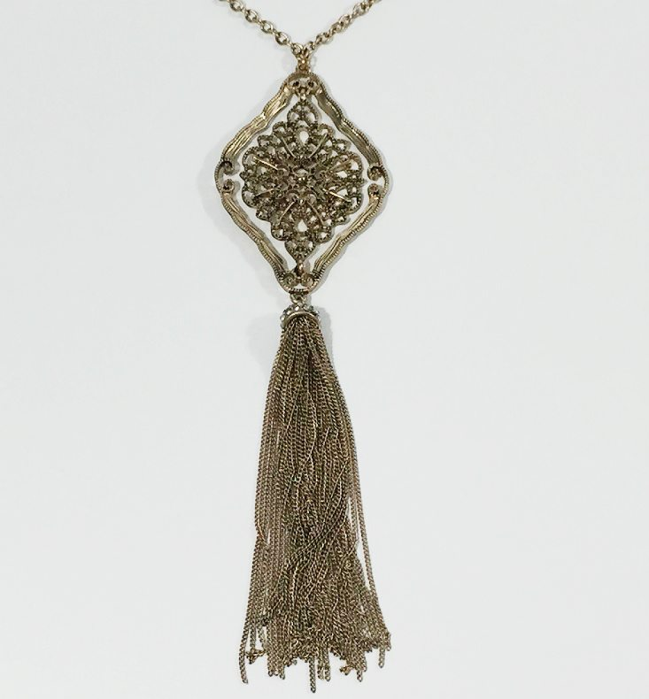 gina-louise-aug-necklace-2
