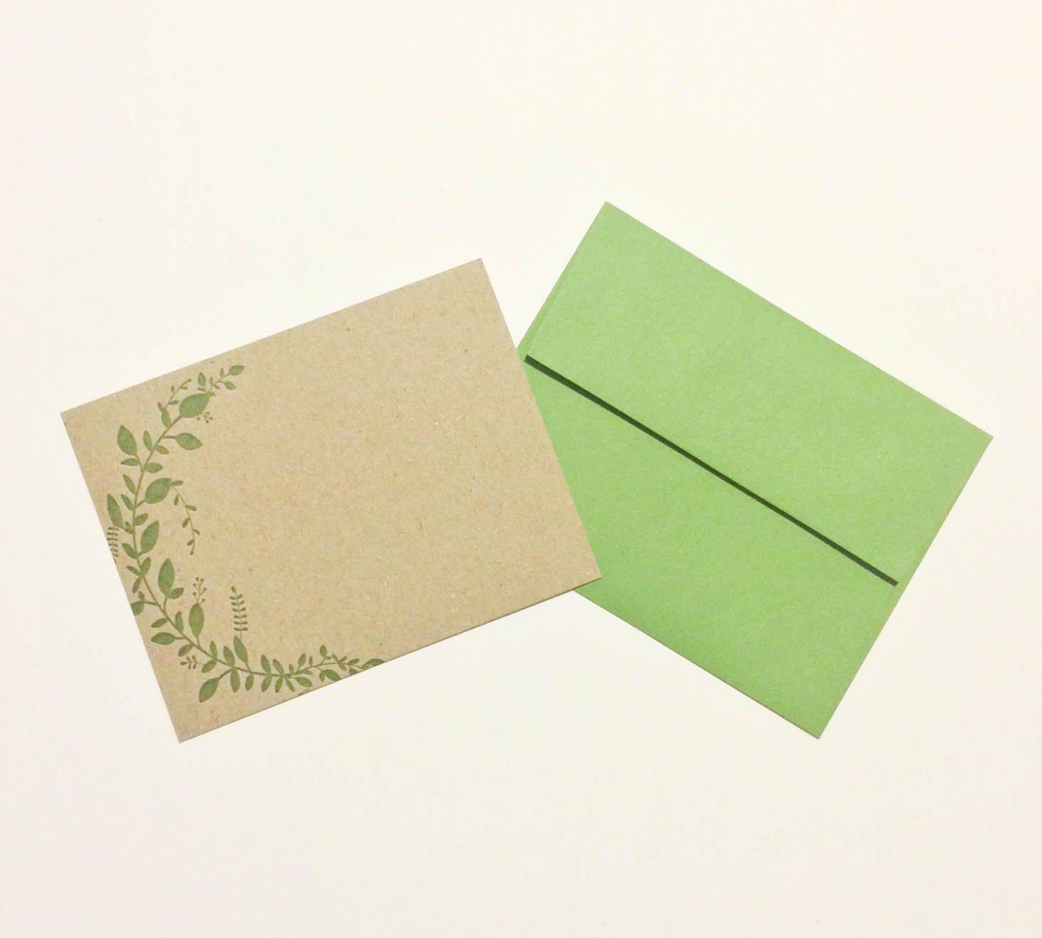 idea-chic-stationery-september-2016-leaves