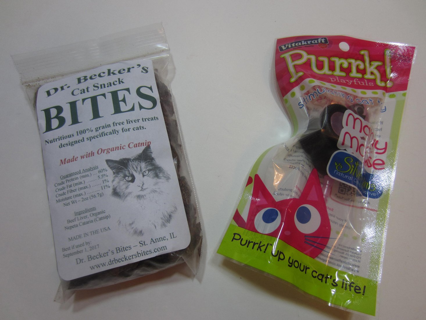meowbox-september-2016-treats