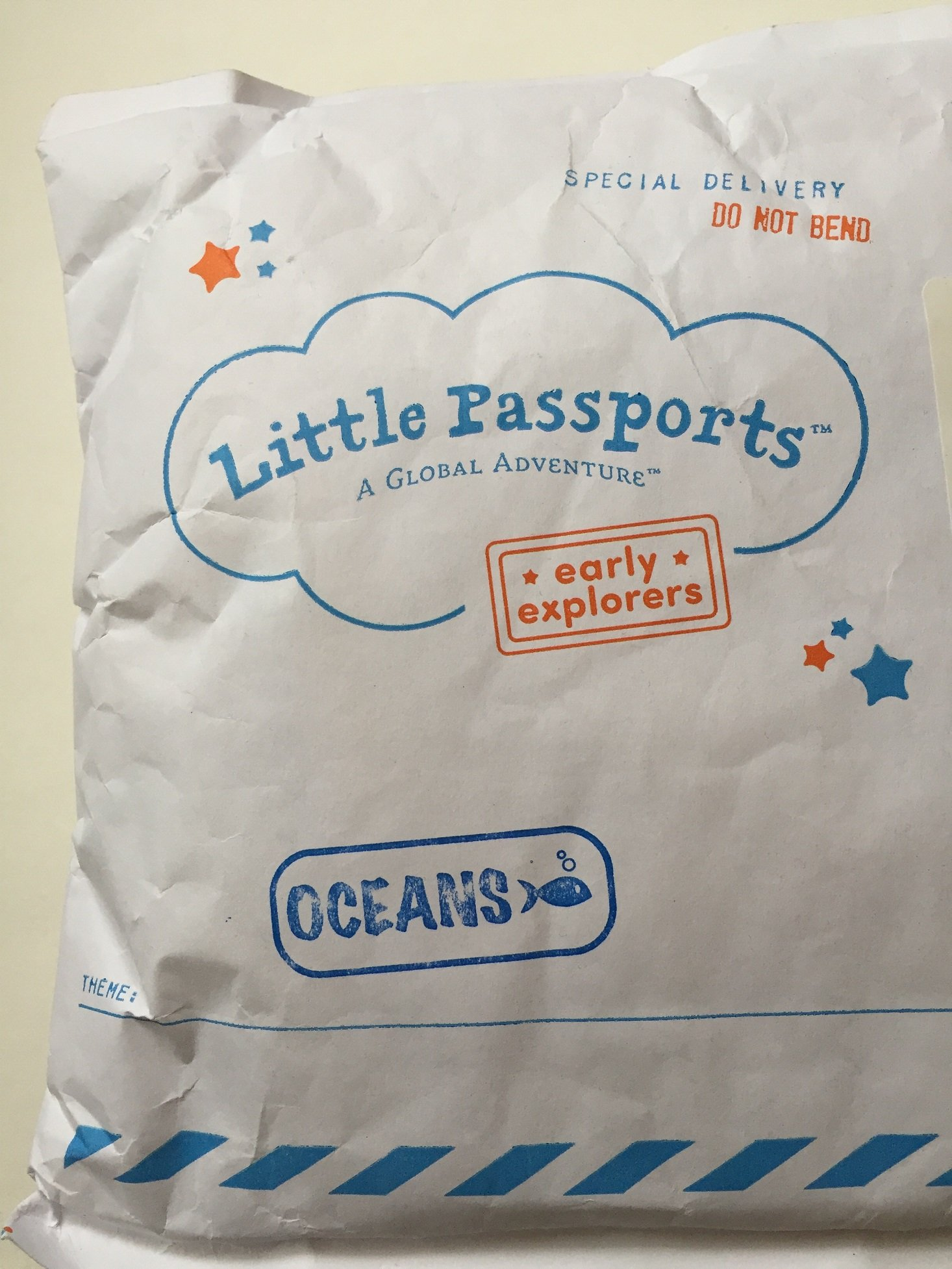 little-passports-oceans-2016-box