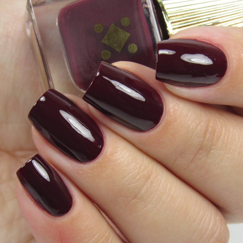 sg-beauty-box-october-2016-nail-polish2