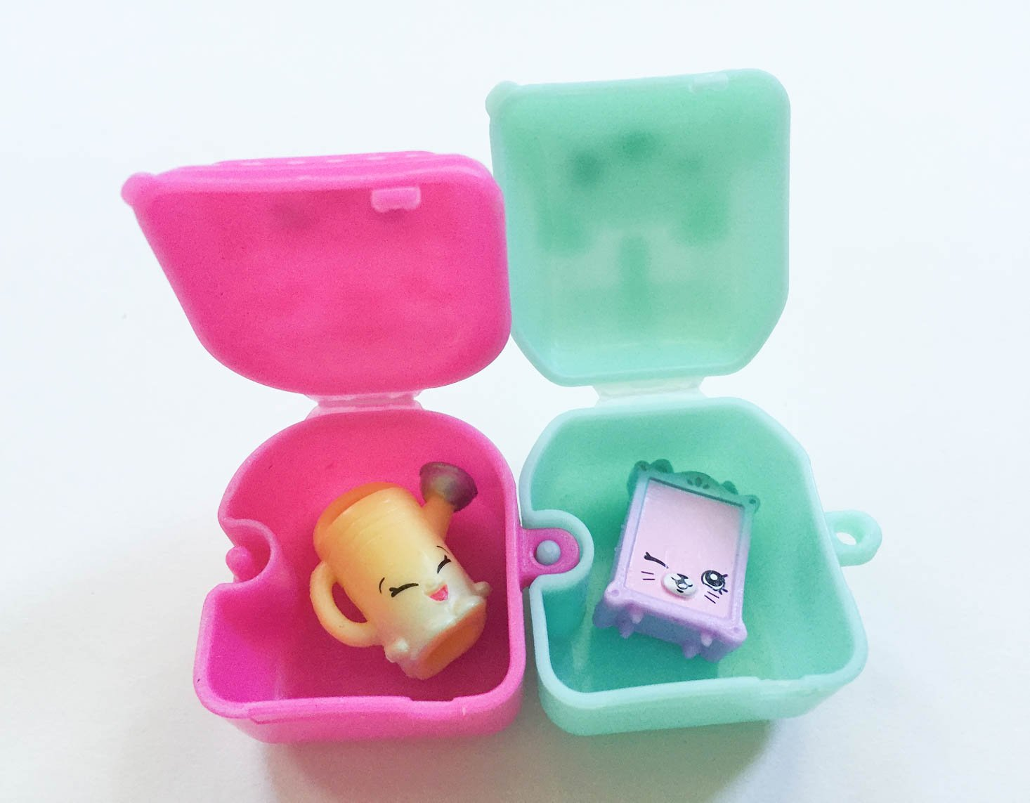 toy-box-monthly-september-2016-shopkins-2