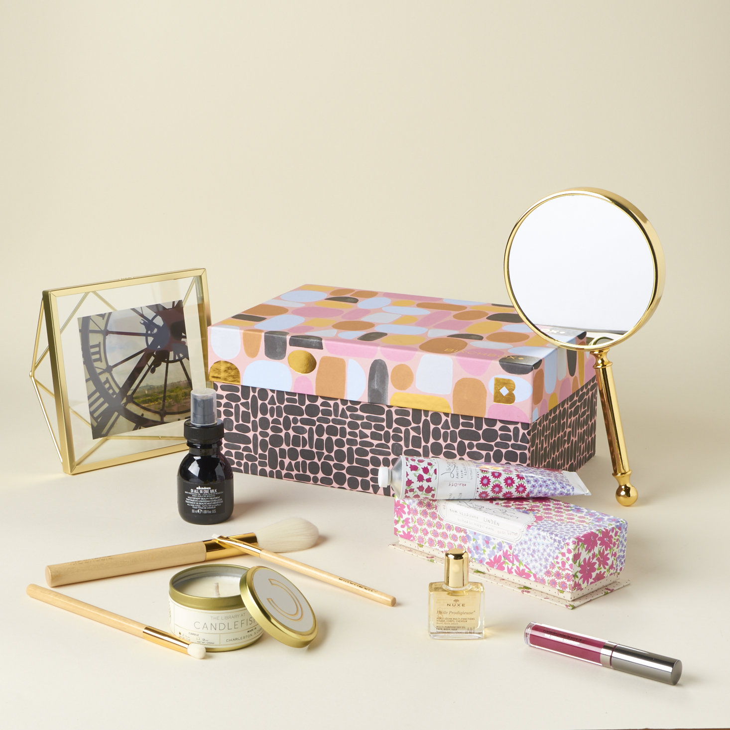 birchbox-good-as-gold-limited-edition-box-november-2016-0003