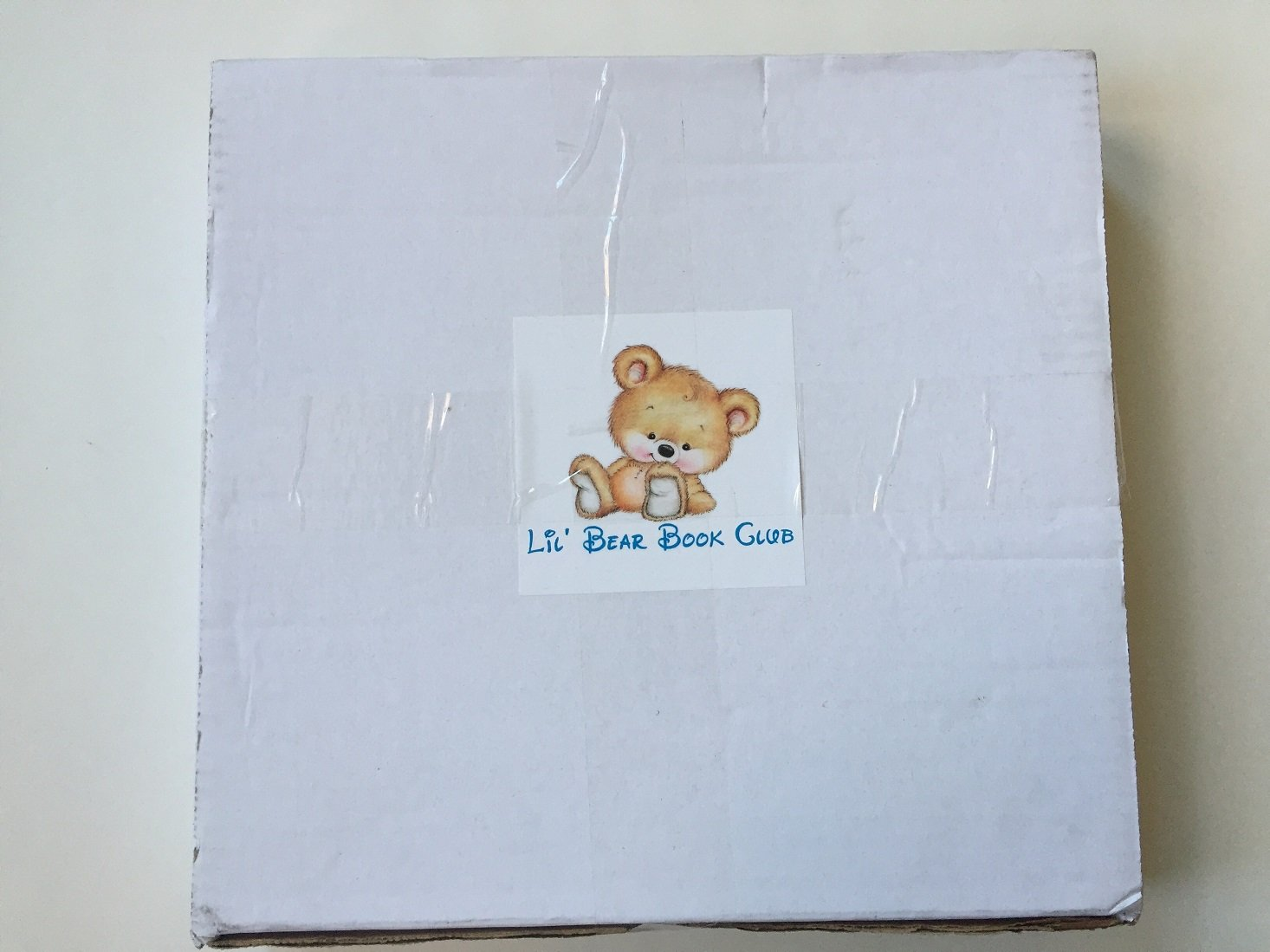 lil-bear-book-club-november-2016-box