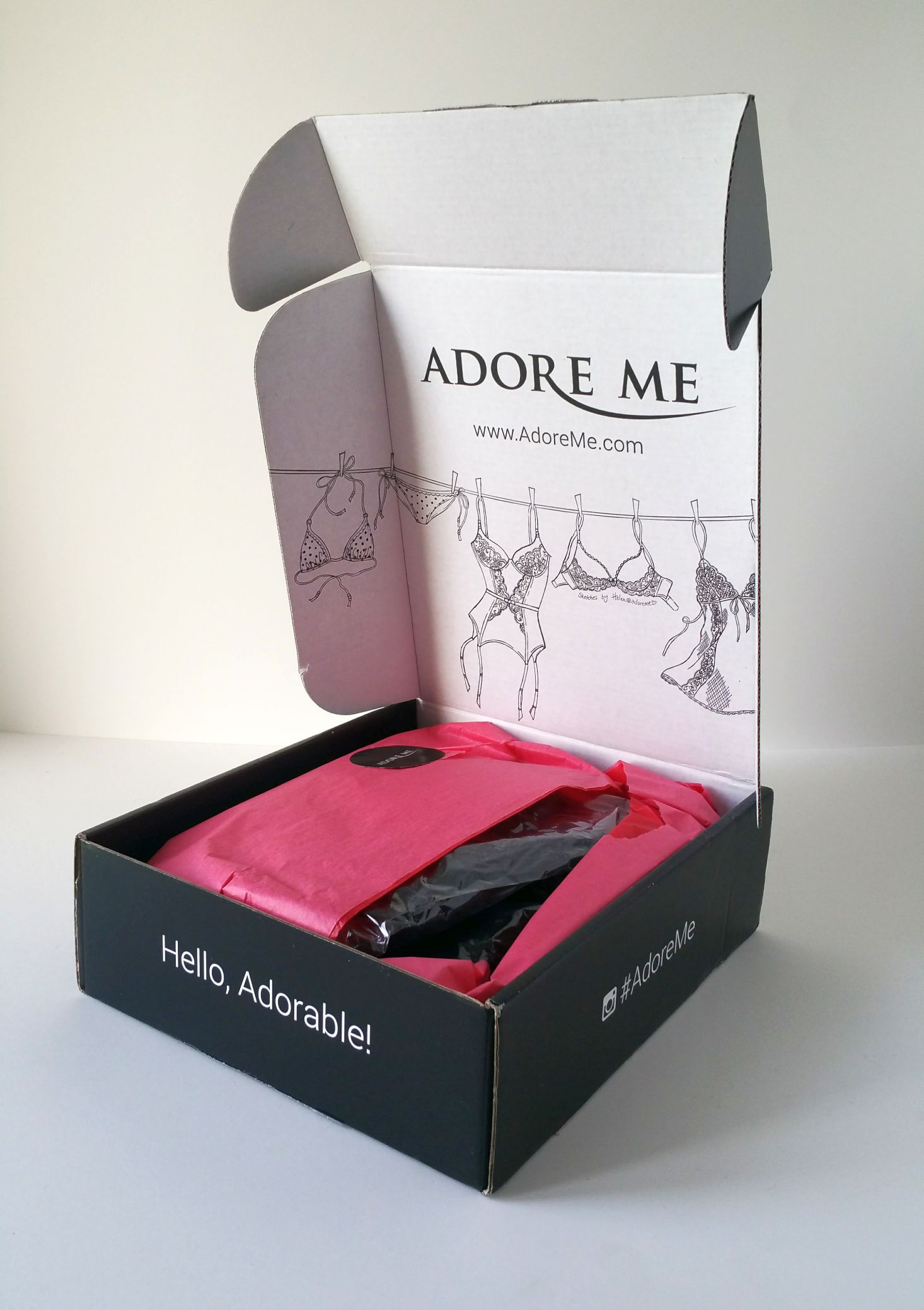 adore-me-october-2016-inside-box