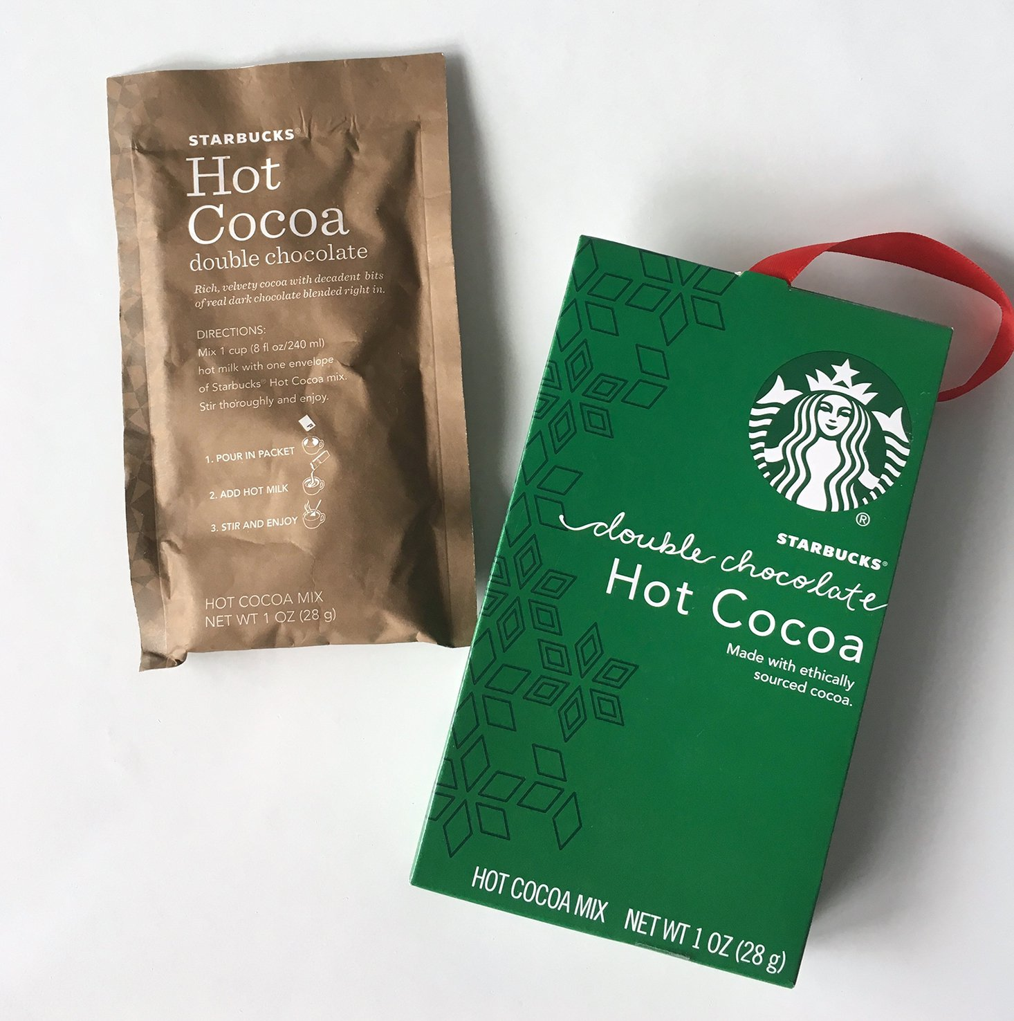 campuscube-guys-winter-2016-starbucks-hot-cocoa-closeup
