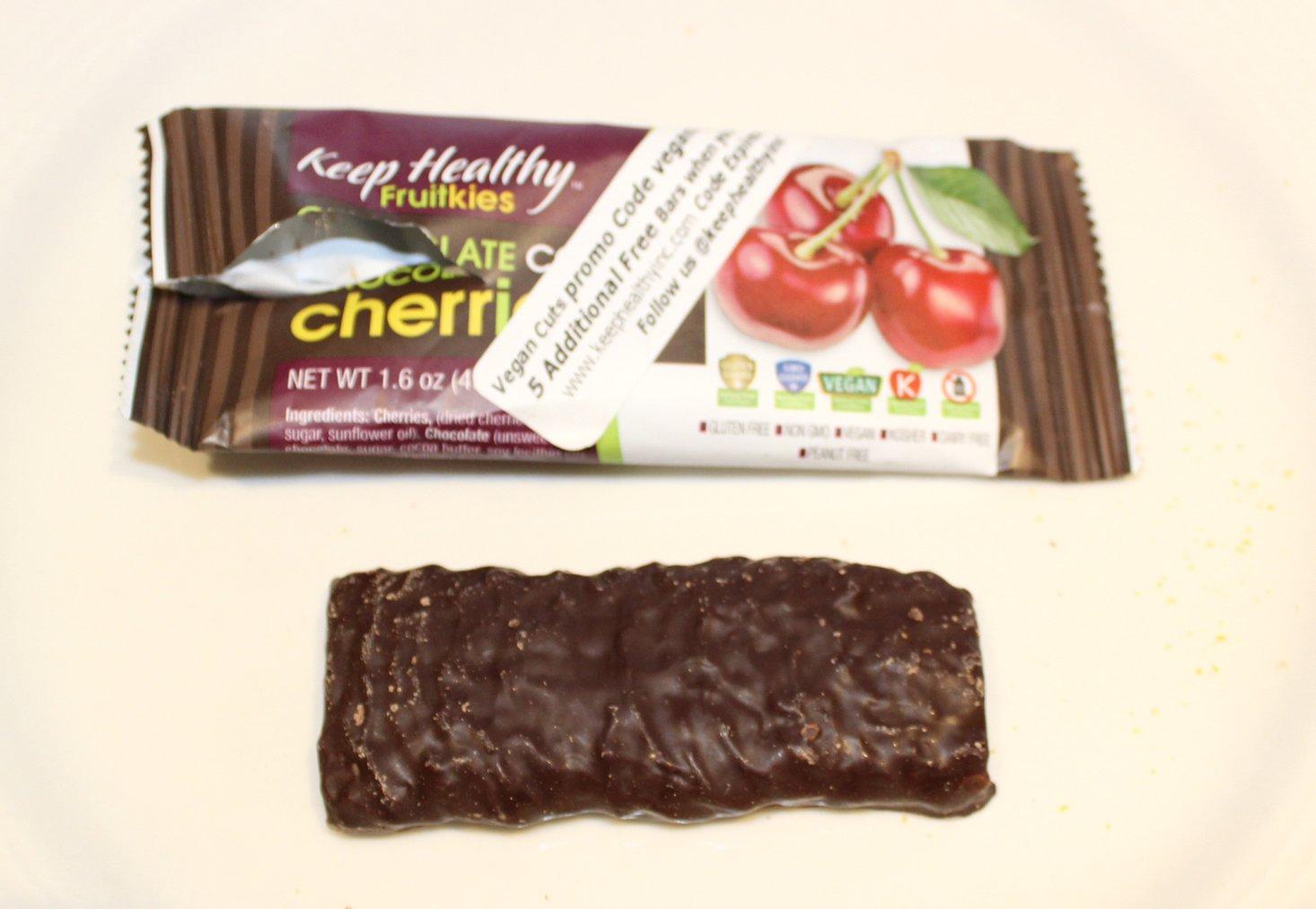 vegan-cuts-snack-february-2017-cherries