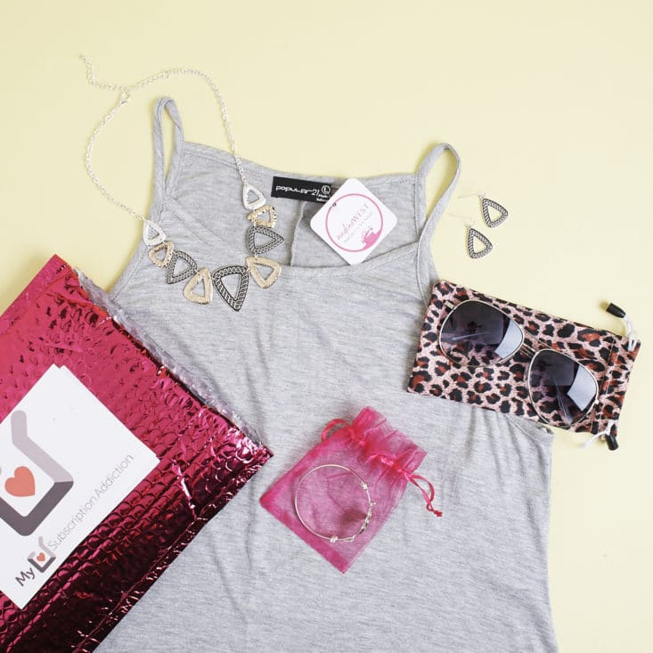 See the cute clothes and accessories I got in this month's Nadine West subscription!