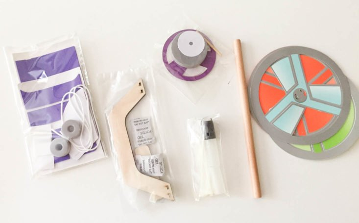 Tinker Crate - Helicopter - August 2017 Kid's Activity and DIY Subscription Box