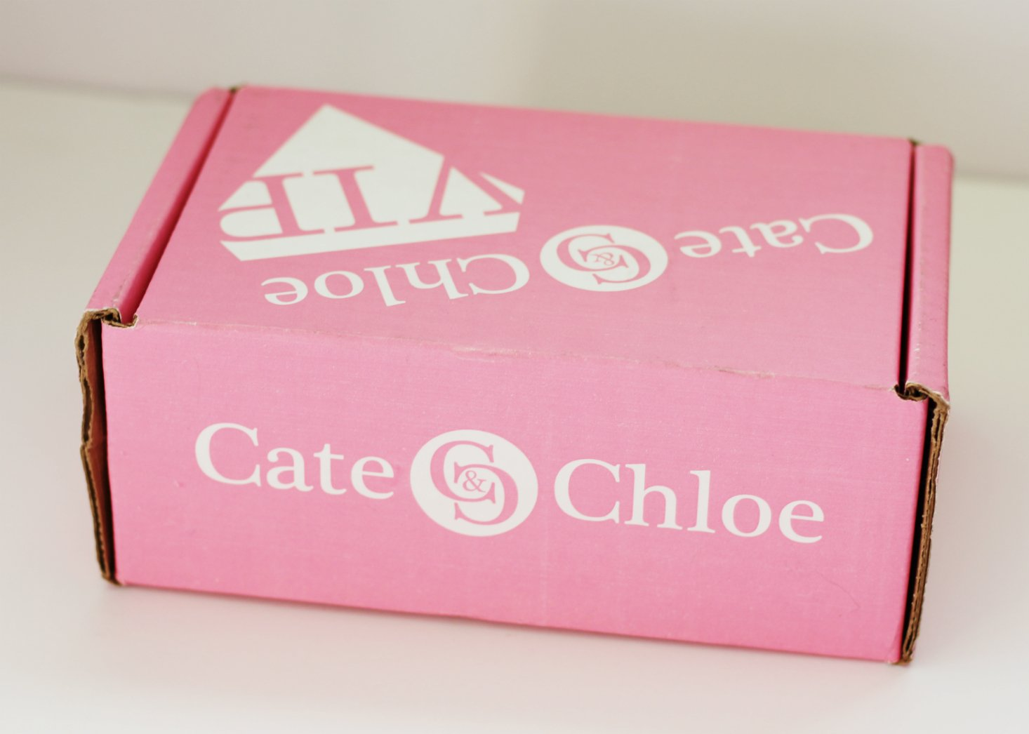 Cate & Chloe Subscription Box Review + Coupon – December 2017