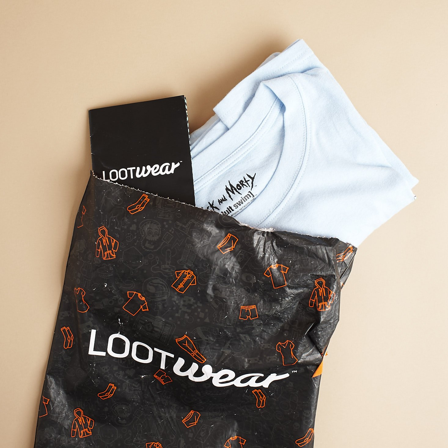 Loot Wearables Subscription by Loot Crate Review + Coupon – August 2018