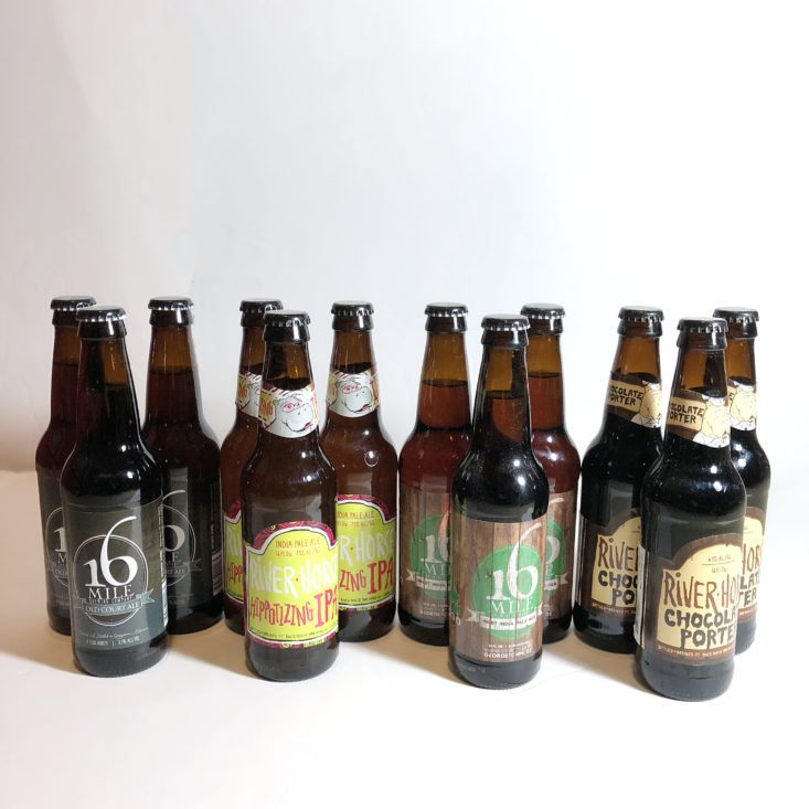 The Microbrewed Beer of the Month August 2018 - Box contents