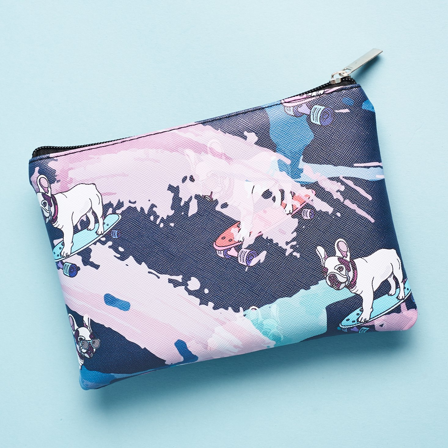 back of pouch with all over pattern