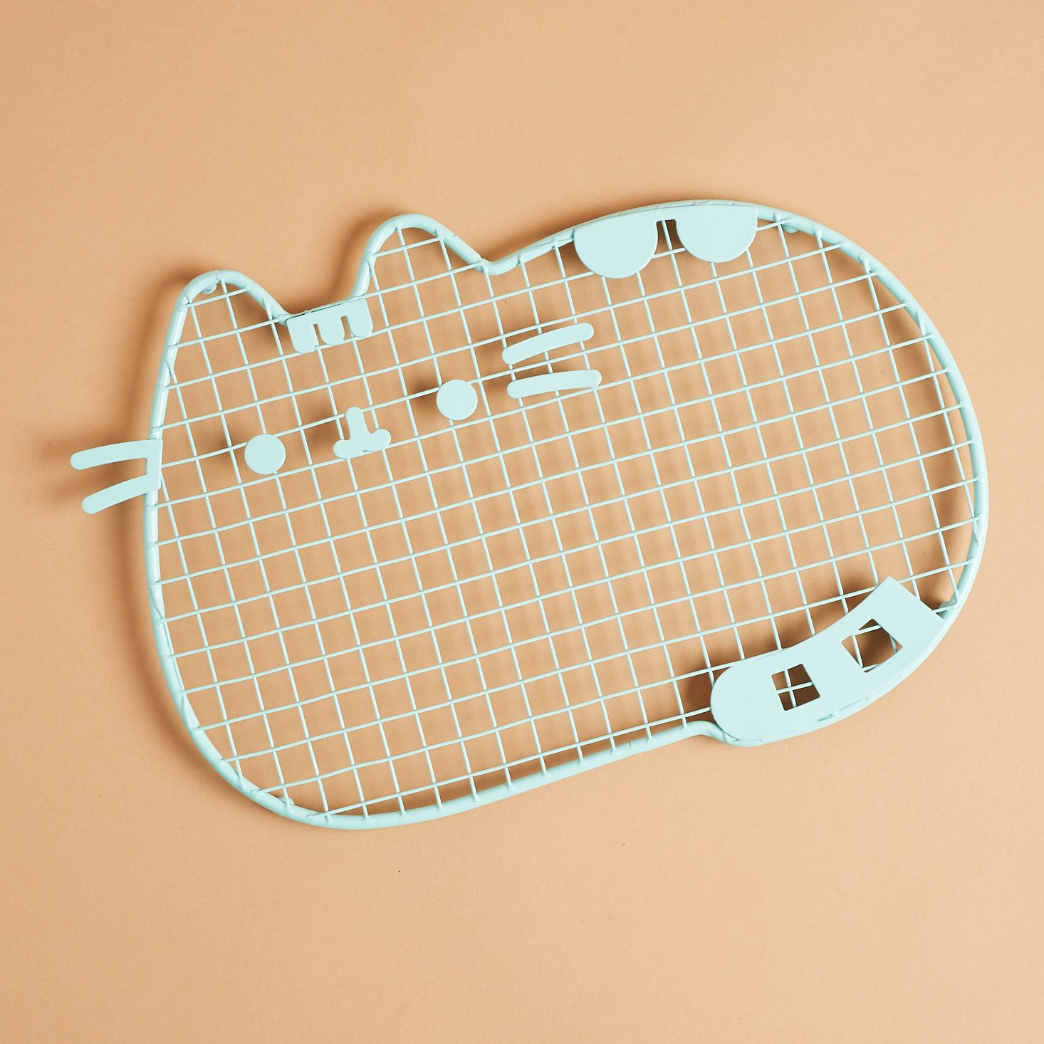 Pusheen Cooling Rack