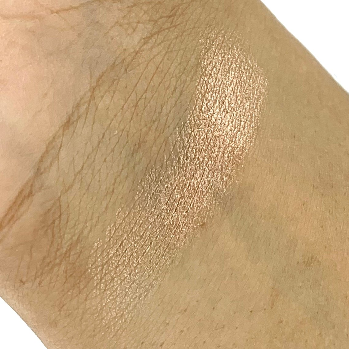 IBY Beauty Radiant Glow Highlighter 24k Magic Swatch for Birch Box June 2020