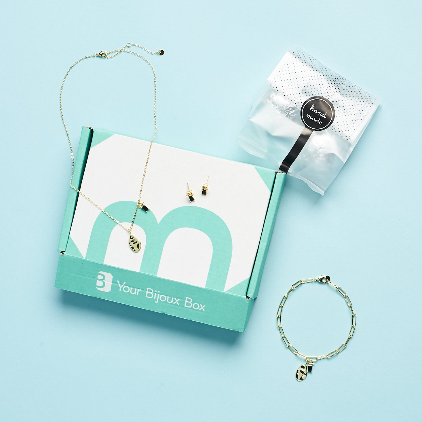 """Your Bijoux Box """"You Are Charming"""" Review – December 2020"""
