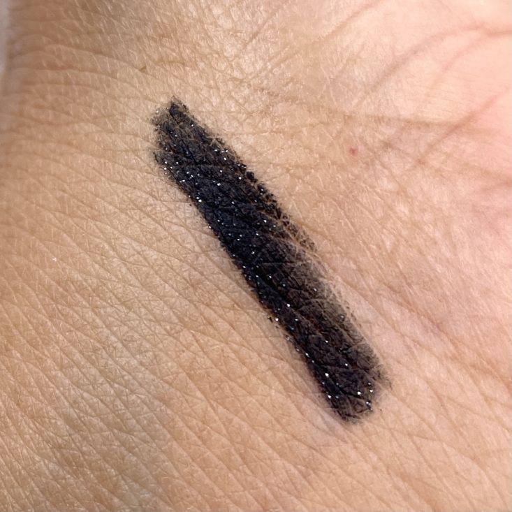 Ruby Kiss 24Hr Eye Define Auto Eyeliner Swatch for Cocotique March 2021
