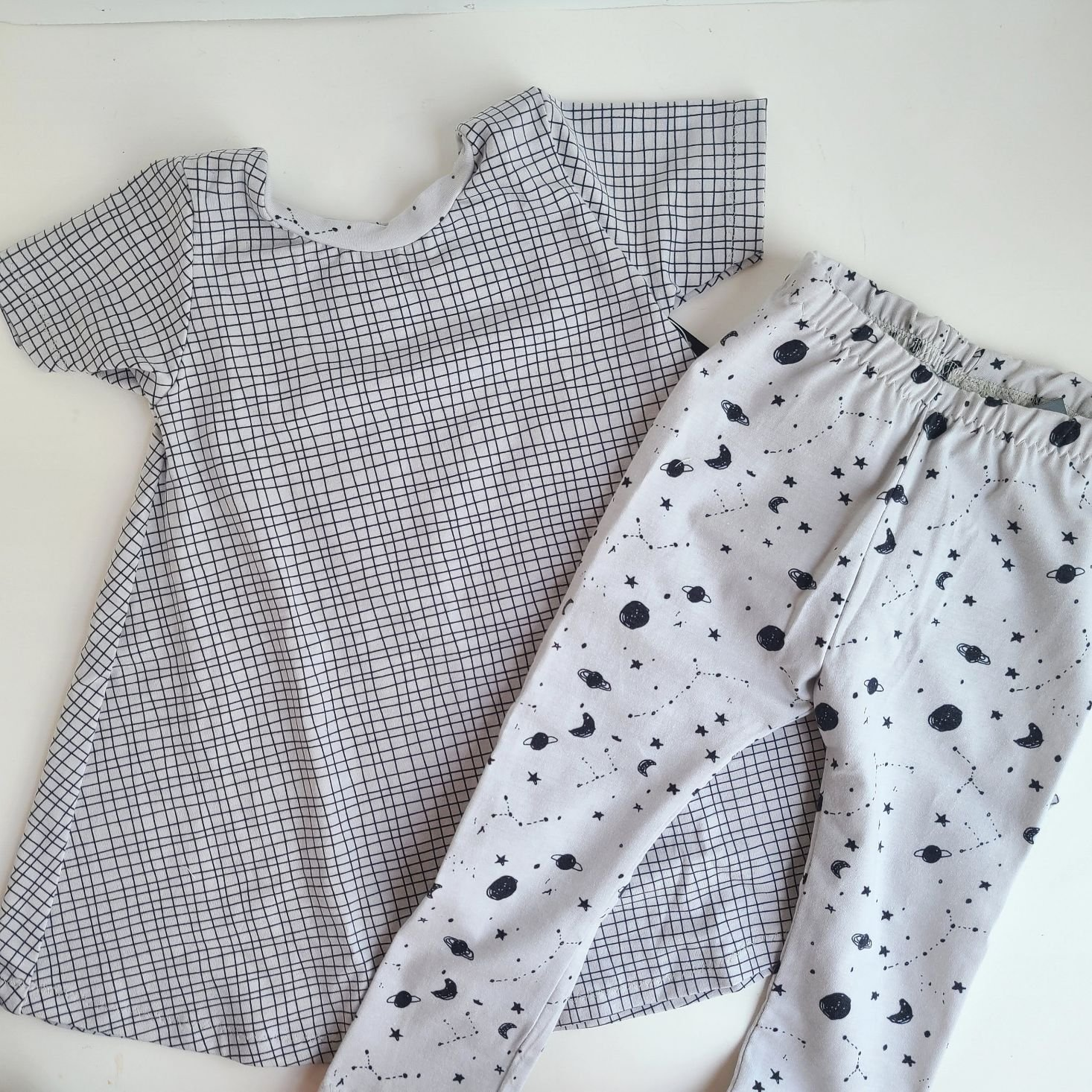 Suprisly May 2021 short sleeve dress with space-print pants