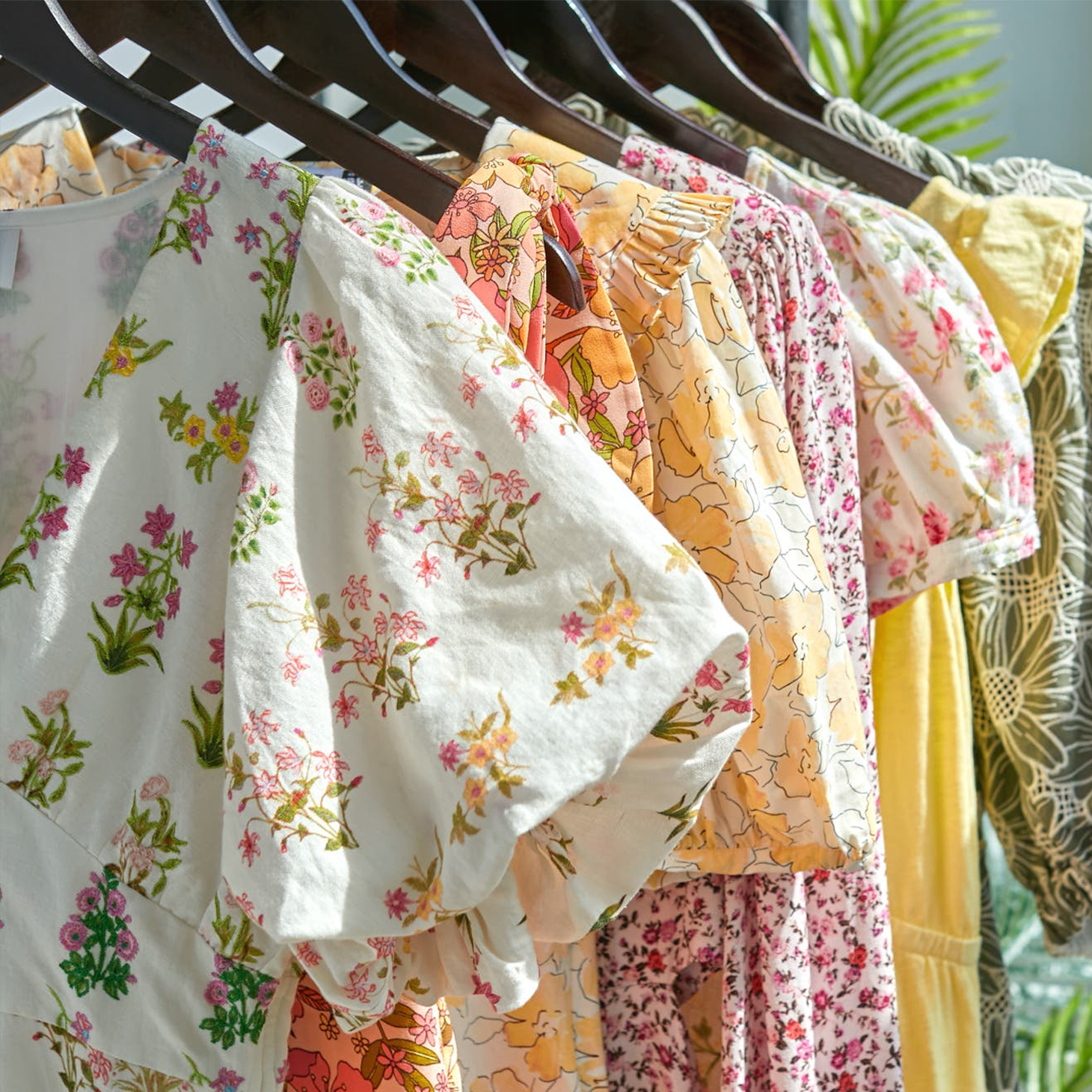 Rent the Runway and TripAdvisor Deliver Designer Clothing to Hotels in New Partnership