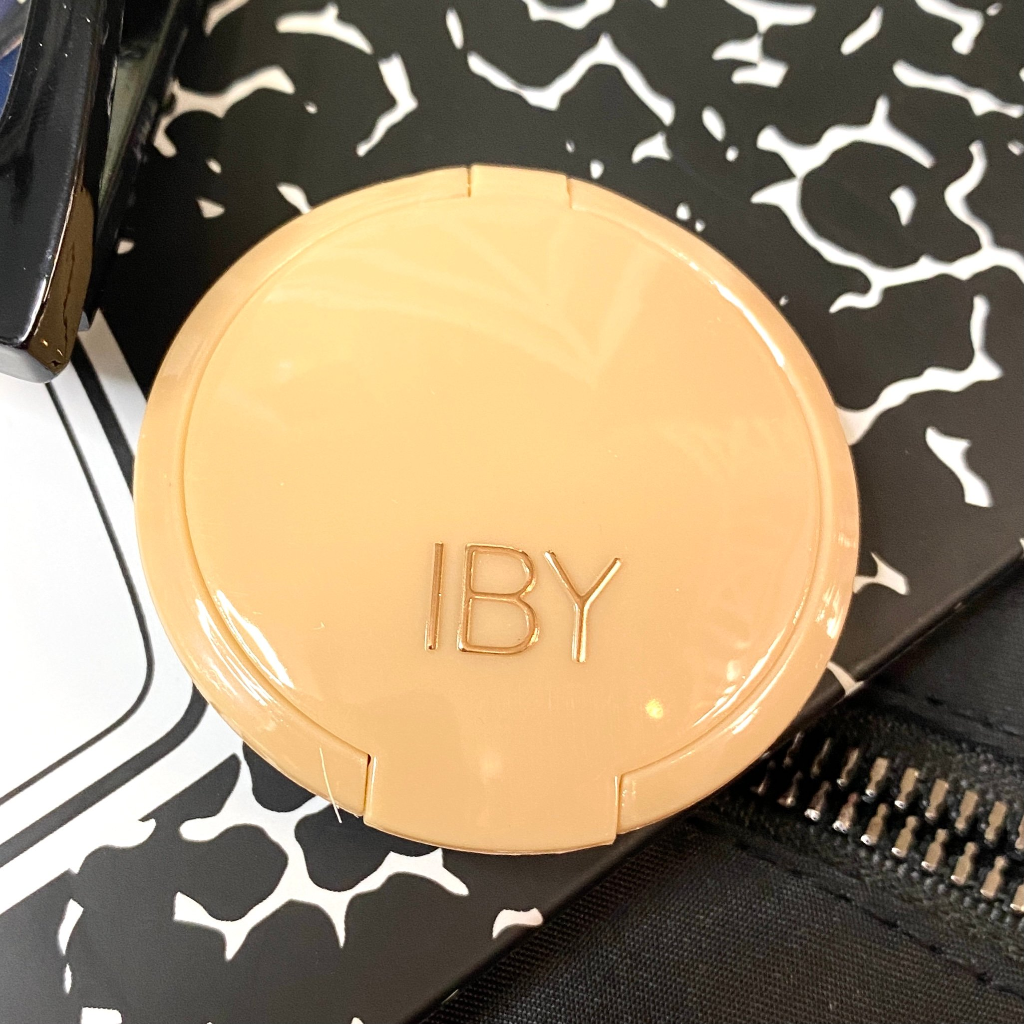 Front of IBY Beauty Carry On Eyeshadow Duo in Glamping and First Class for Ipsy Glam Bag September 2021