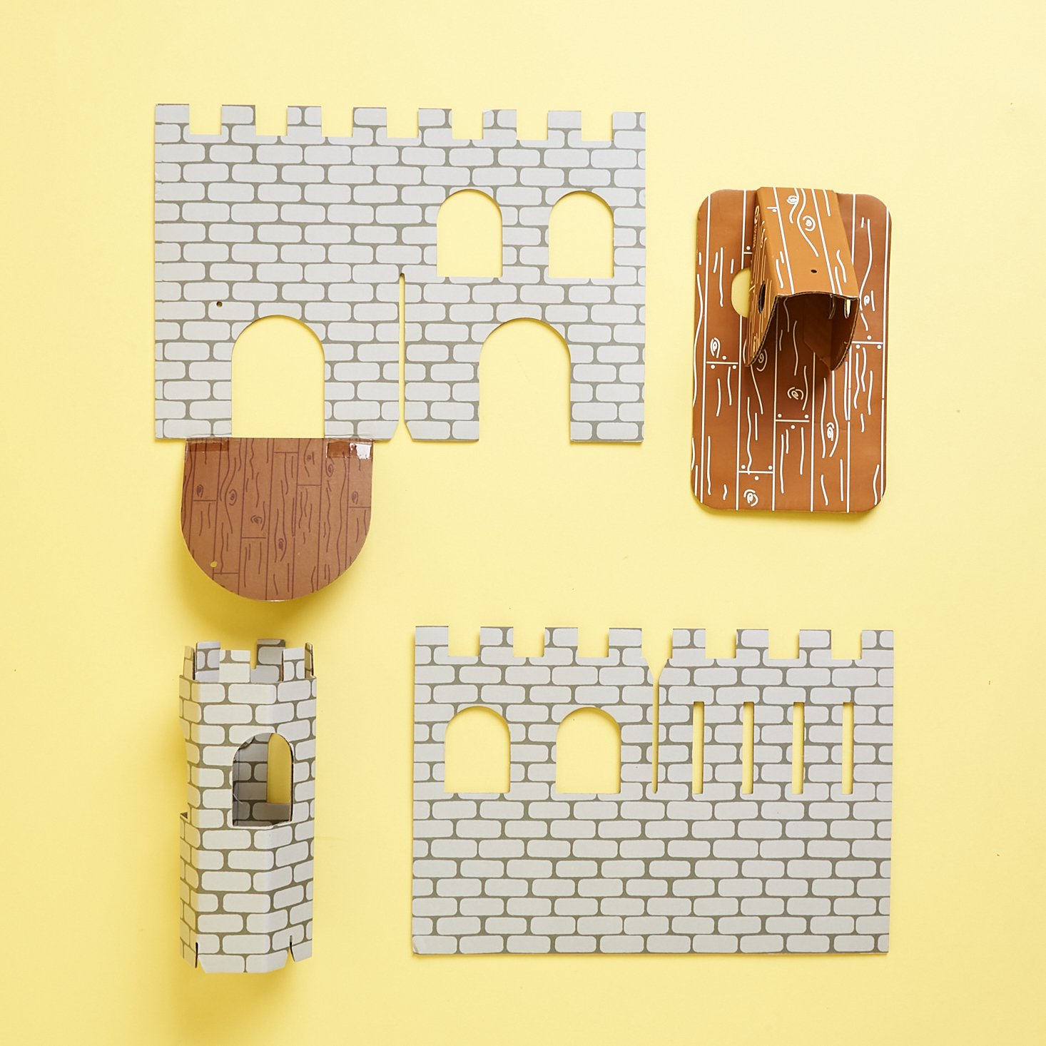 Castle & catapult pieces from Koala Crate Medieval Fun